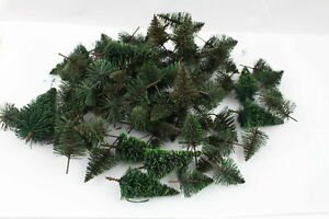 IN-Set-Over-90-Fir-Trees-Spruces-Trees-N-Gauge-Or-Z