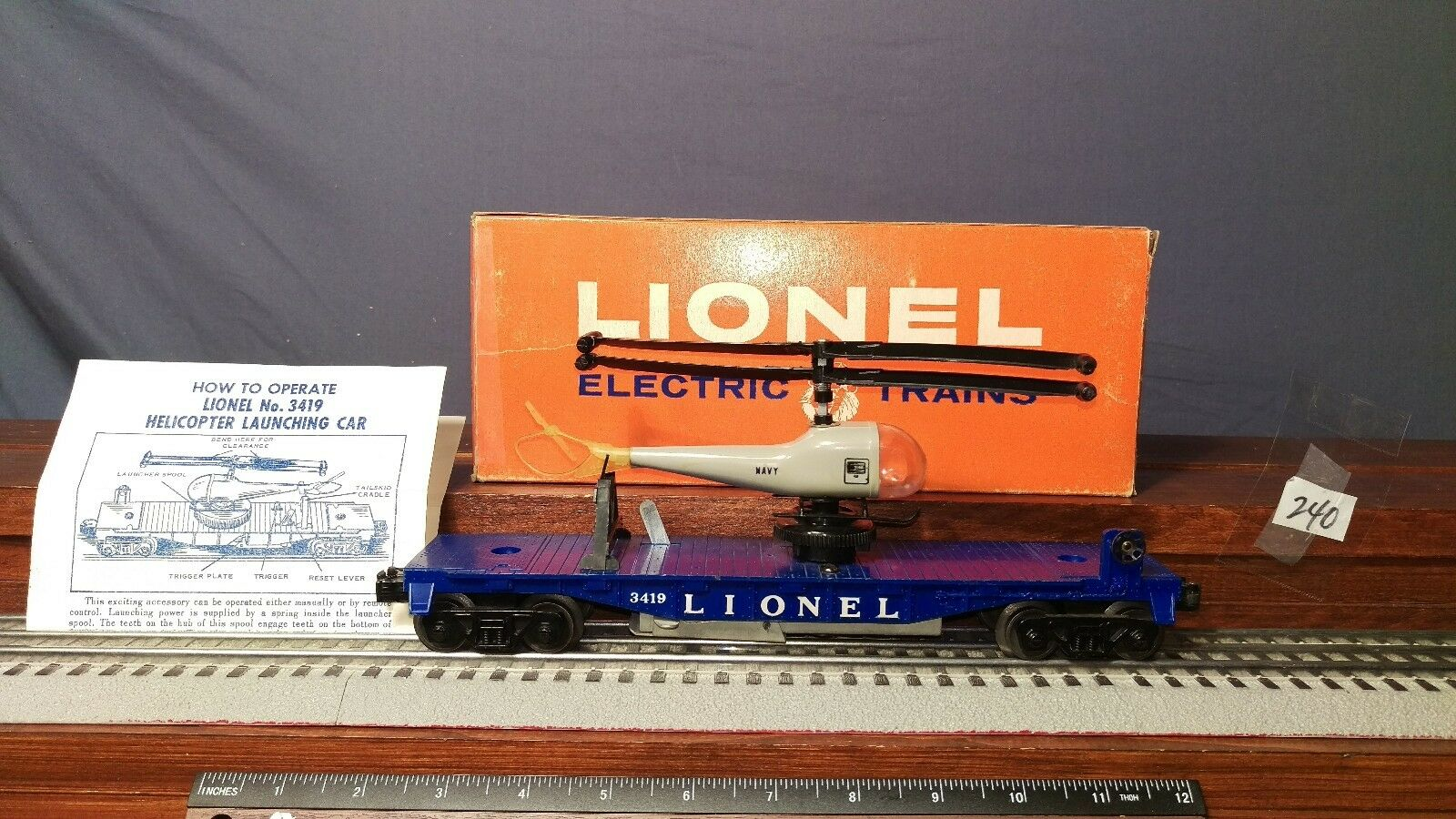 LIONEL 3419 FLAT CAR WITH DOUBLE BLADE NAVY HELICOPTER ORIG.BOX & INSTR.