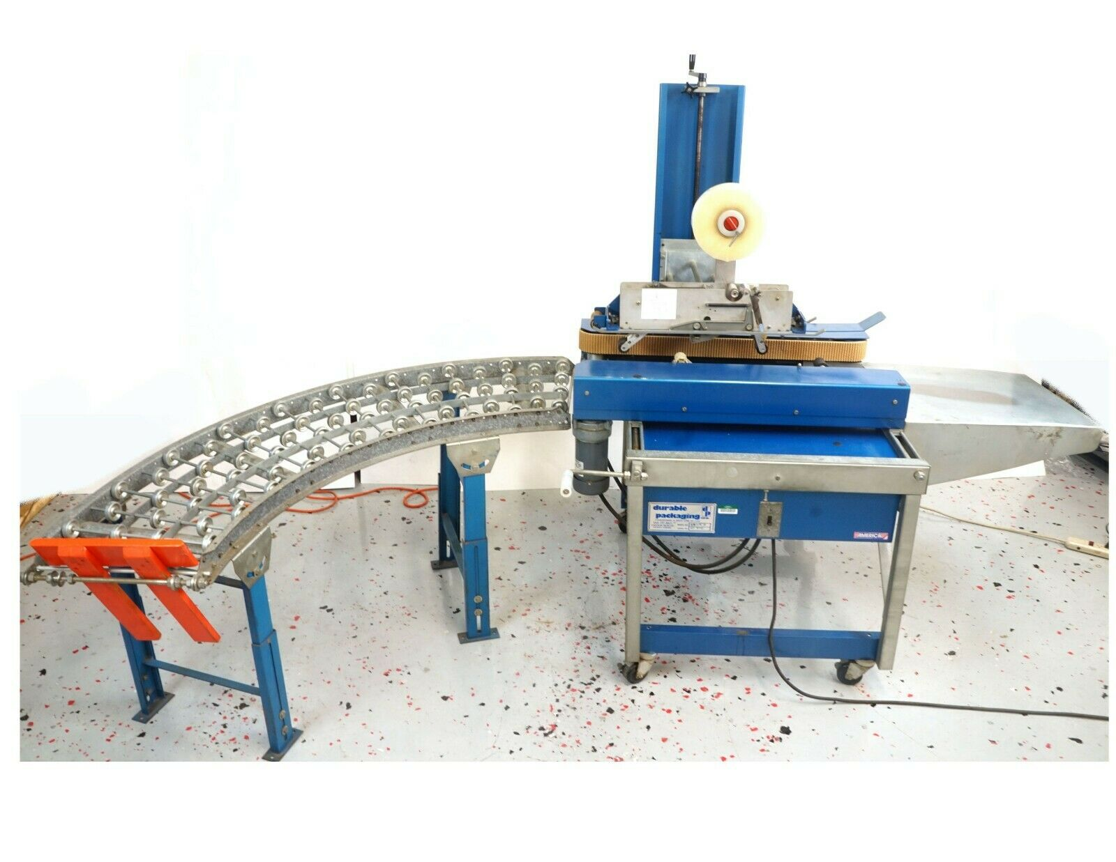 Case conveyor for Durable Packaging CE-22AV