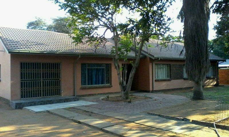 5 X BEDROOM HOUSE FOR RENT