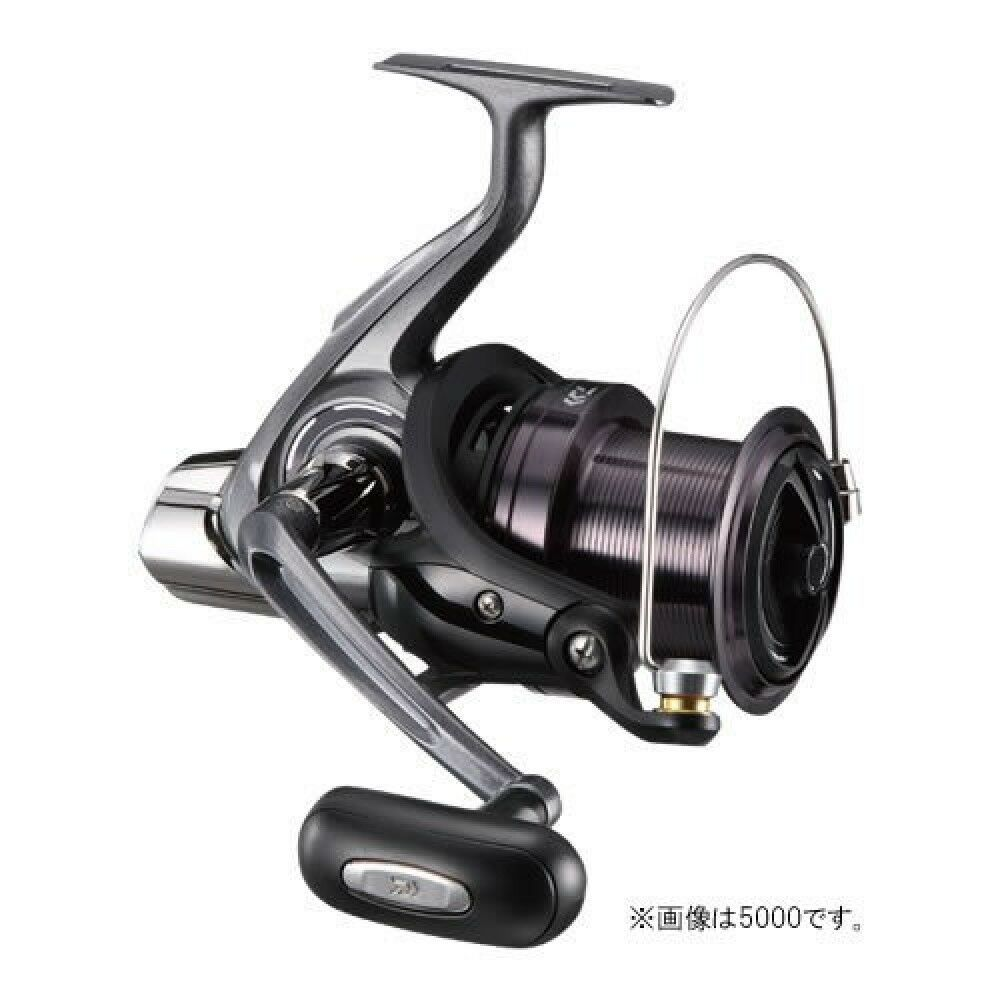 Daiwa Spinning Reel 17 Cross Cast 4000 For fishing From From fishing Japan a7d490