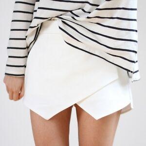 ZARA-White-Wrap-Mini-Skort-Skirt-Shorts-Size-MEDIUM-LOOKBOOK-BLOGGERS-MUST-HAVE