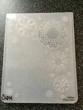 SIZZIX LARGE EMBOSSING FOLDER FLOWERS FRAME BACKGROUND HEARTS DOTS FREE P&P