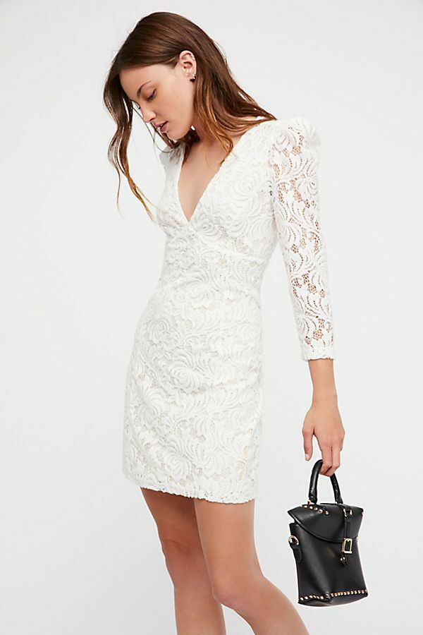 NEW FREE PEOPLE WHITE DANA'S BODYCON FLORAL LACE DEEP PLUNGE DRESS SZ M MEDIUM