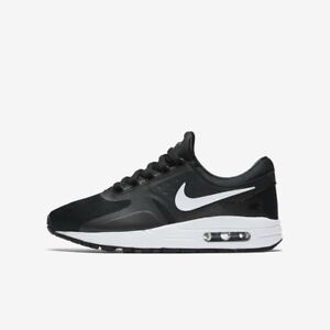 42e8d8d0c2 NIKE AIR MAX ZERO ESSENTIAL GS BOYS GIRLS TRAINER SHOE UK SIZE 4 - 6 ...