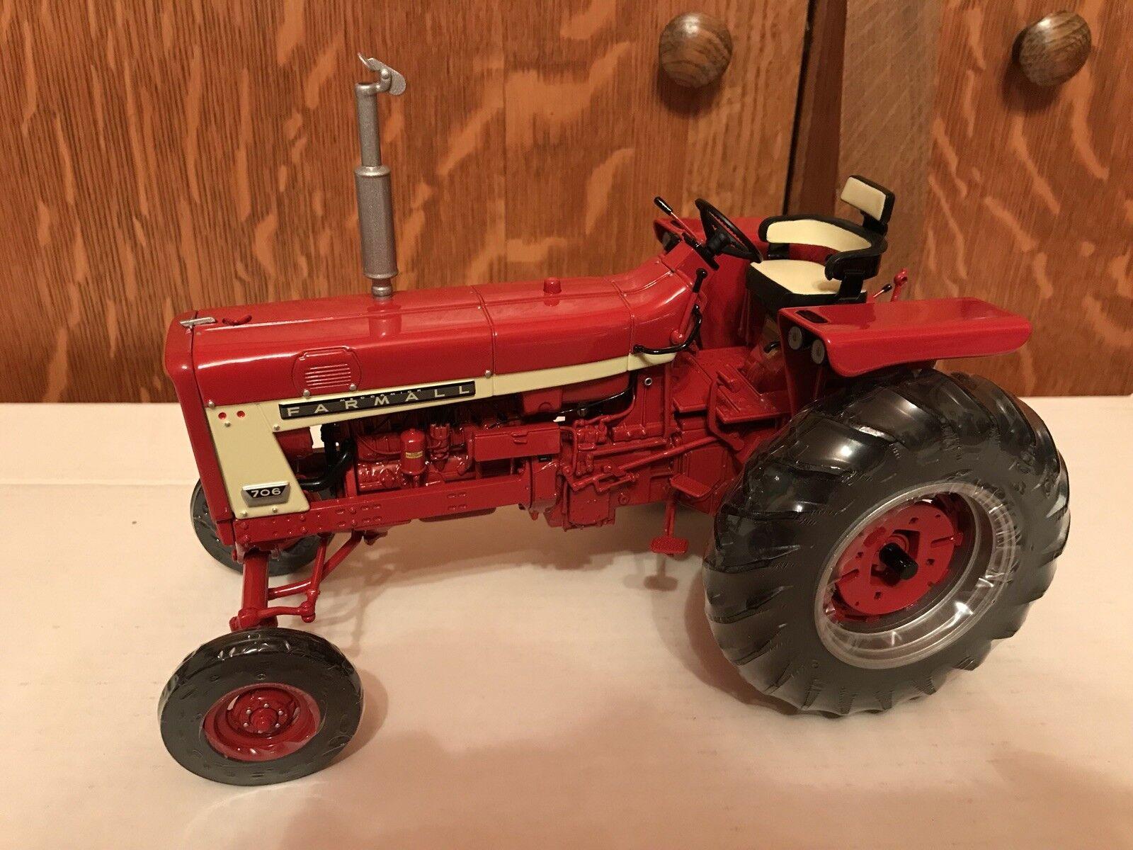 venta mundialmente famosa en línea Ertl IH Farmall 706 Precision series series series 16 1 16 Escala Modelo Tractor  gran descuento
