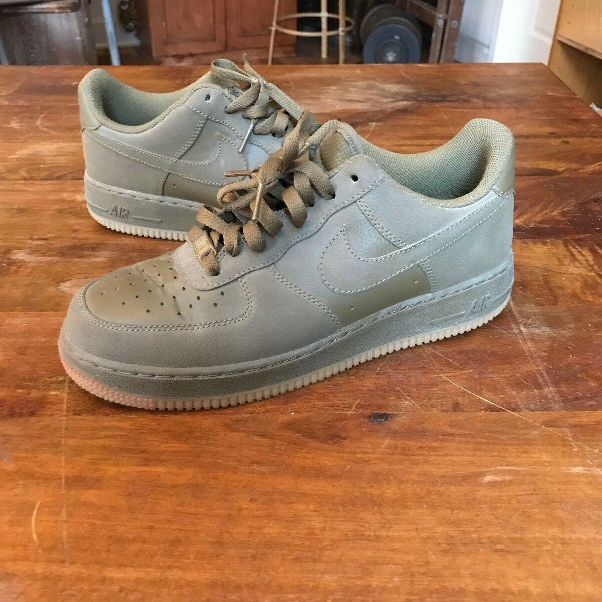 Nike Air Force 1 Low in Iguana | 315122-201-8? Mens 8.5 US