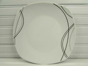 Alec-by-Tabletops-Unlimited-Square-Dinner-Plate-Black-amp-Gray-Lines-NEW-L177
