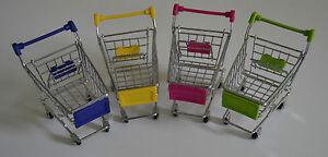 Mini-Einkaufswagen-als-Handyhalter-Ablage-als-Geschenk-blau-rosa-gruen-gelb