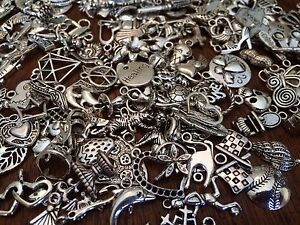 75 PiEcE LoT ~ MiXeD ThEMe STyLeS SiLvER ChArMs PeNdAnTs NeW JeWeLRy FiNdiNgS