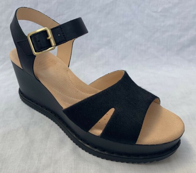 Ladies Clarks Unstructured Un Haywood Casual Leather Sandals