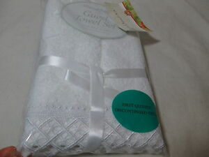 New Peacock Alley Guest Towel Set Diamond Lace Border - Egyptian Cotton ~ White