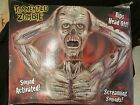 RARE Spirit Halloween Animated/Screaming TORMENTED ZOMBIE Prop Rips His Head Off