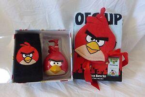 4 pc Angry Birds Lotion Pump, Fingertip Towel, Bath Towel, & Wash Mitt Set NIP