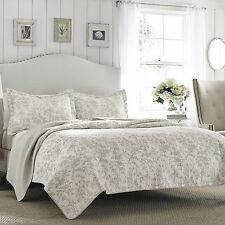 Laura Ashley Floral Bisquit/Off-White Reversible Coverlet Cotton Quilt Set/Twin