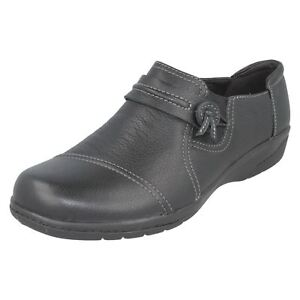 Details about Clarks cheyn Madi Womens Black Slip On Shoes D Fit UK 3.5 to 9 (r25b) (Jen) show original title