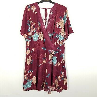 New Xhilaration Women/'s Floral Print Short Sleeve Strappy Neck Knit Romper