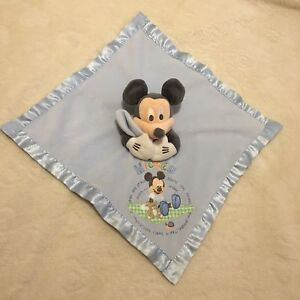 Doudou-plat-Mickey-Disney-Store-Bleu-Ourson-Escargot-Couverture-Verte-A-Carreaux