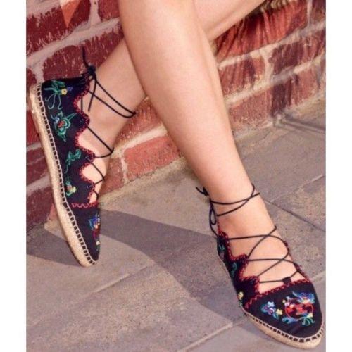 Tory Burch Mujeres Zapatos Zapatos Zapatos Sonoma Bordado Ghillie pisos Tory Navy 7.5  el estilo clásico