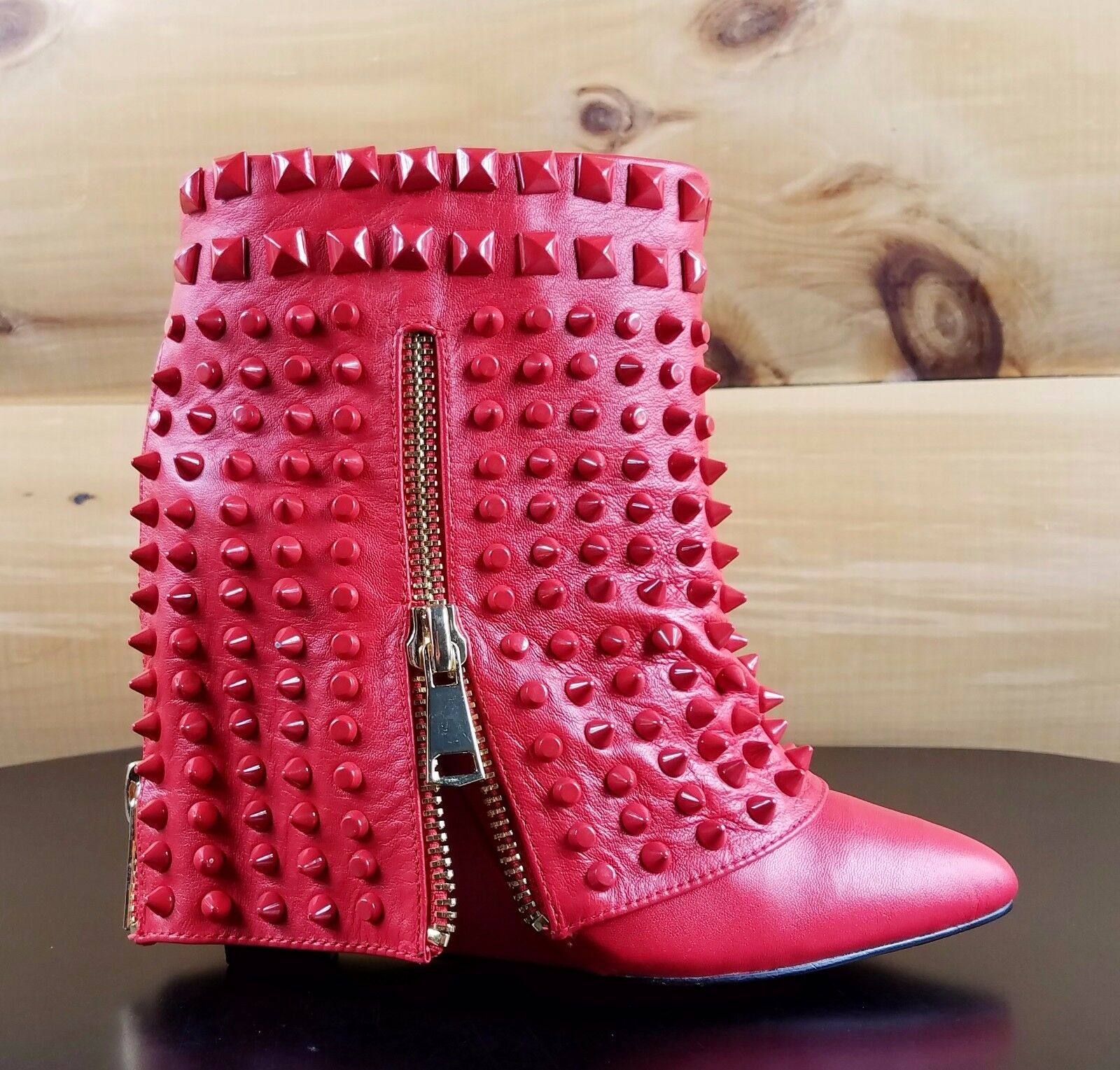 Lust for Life Battle Quality Red Pelle Studded Slip On Ankle Boot Size 10 SALE