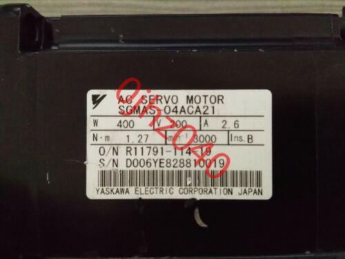 1PC Used Yaskawa servo motor SGMAS-04ACA21