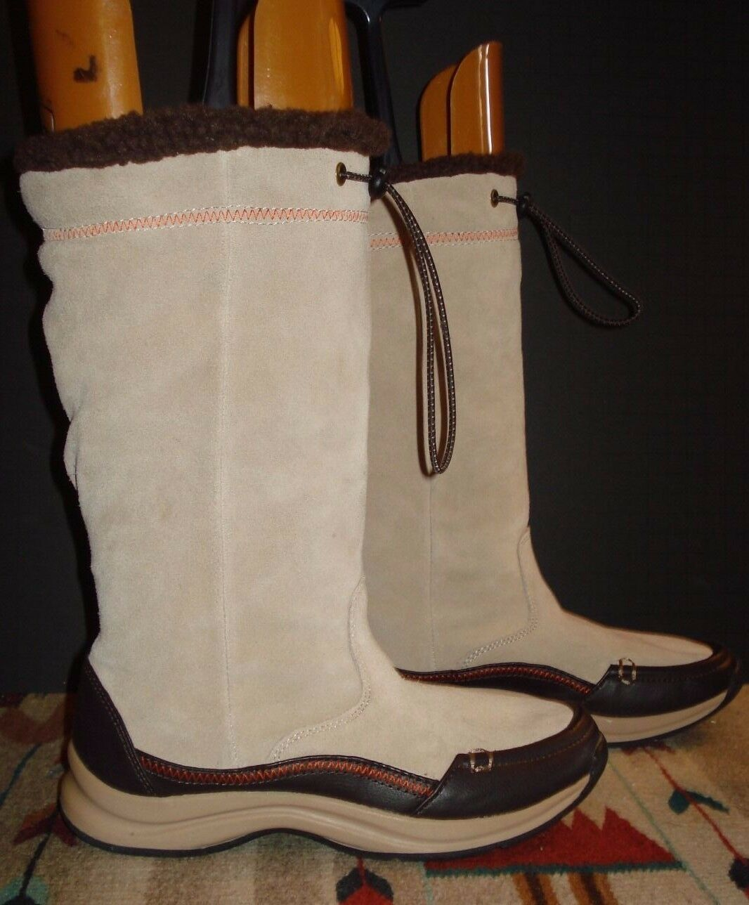 Women's Lands End Light Tan Putty Suede Leather Lined Boots Sz. 6B Excellent