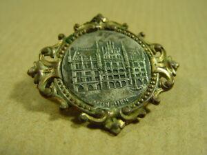 Brosche-Andenken-034-Muenchen-034-um-1900-Jugendstil-Souvenir-Anstecknadel