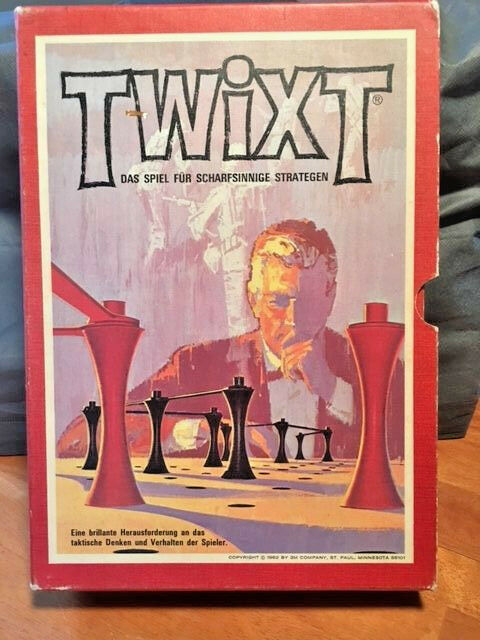 Vintage Twixt 1962 3M Brand Bookshelf Board Game- Nice German Version