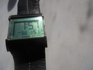 Fossil-mens-blk-leather-band-quartz-battery-water-resist-amp-Digital-watch-Jr-9642