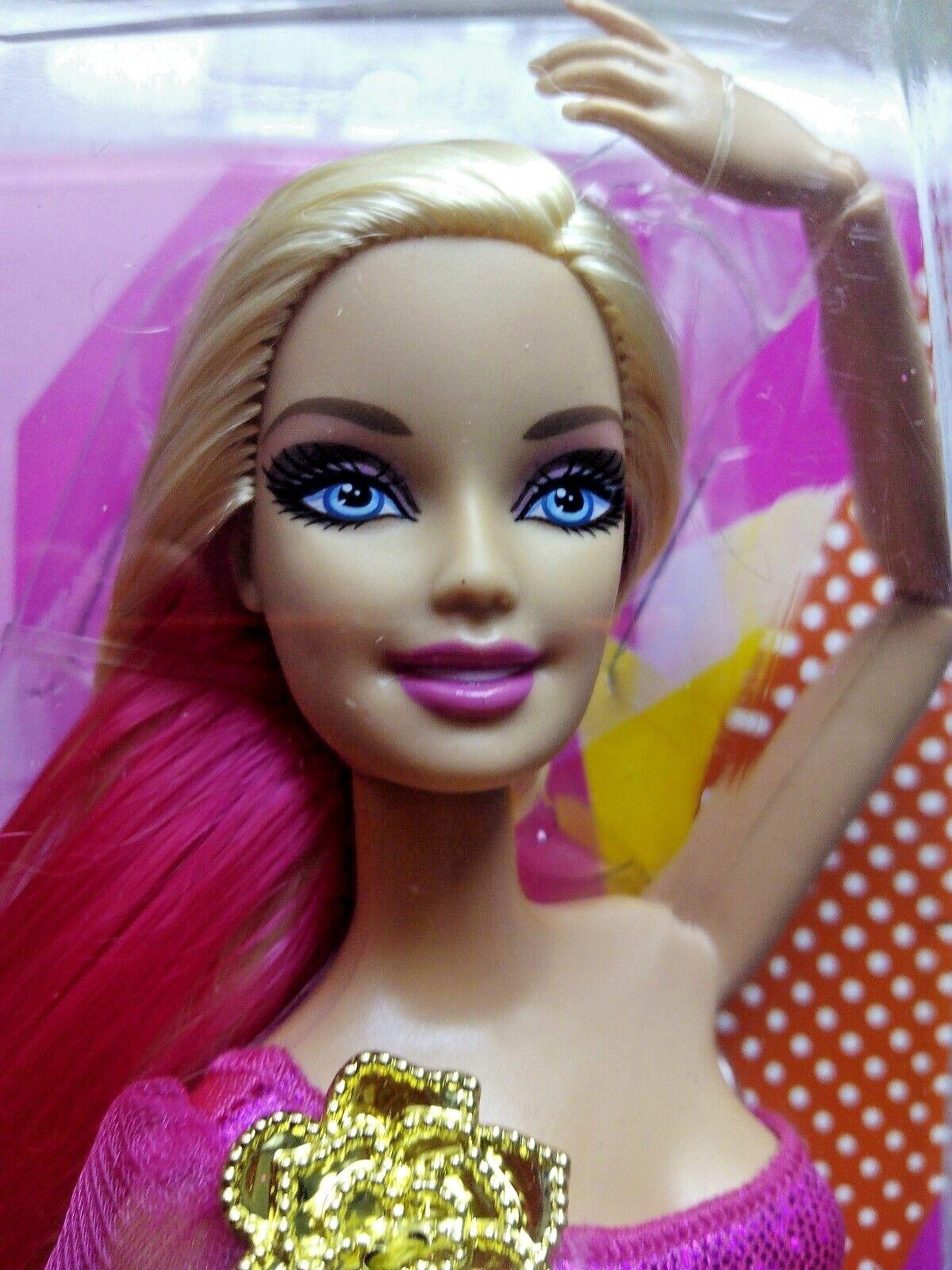 Barbie Fashionista articulada Rainbow wave 1 MODELO GLAM