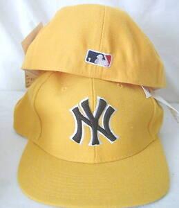 MLB NY YANKEES HAT NEW FITTED 7 1 2 GOLD W B FLAT BILL CAP FREE SHIP ... 8731c1b01c7