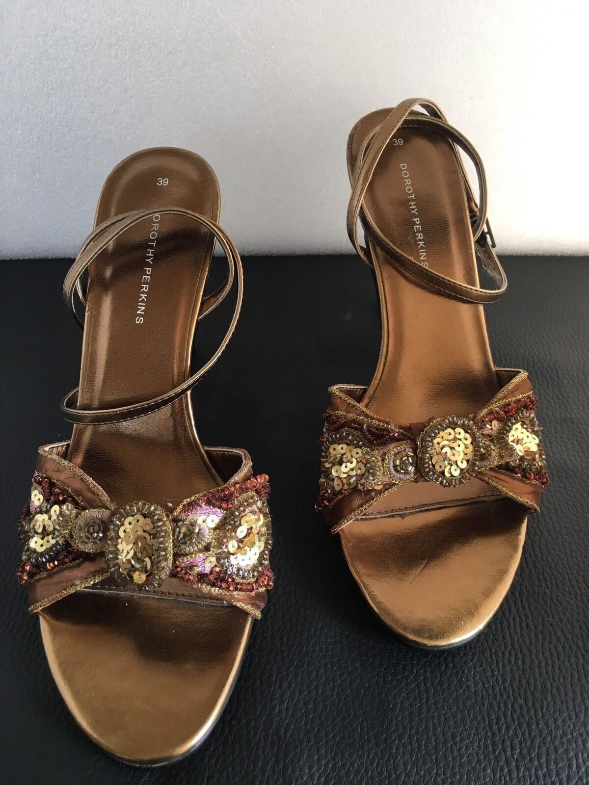 Ladies Dorothy Perkins Gold with Sequins Sandals Size 6(39)