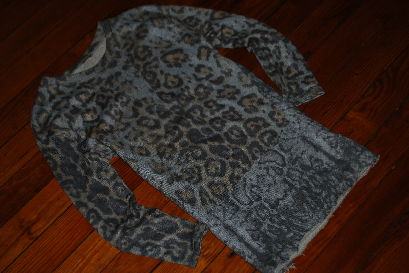 Women's ZARA Leopard Cheetah Print Fitted Long Sweater (Small)
