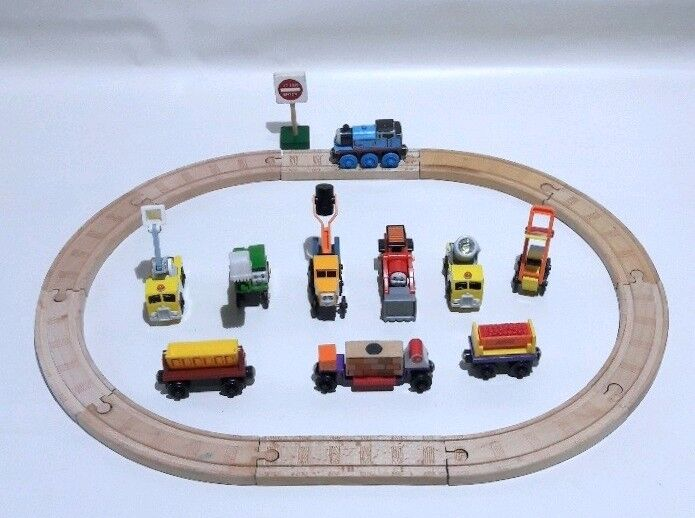 Thomas The Train - Wooden Trains   Wooden Tracks Bundle collection In GUC