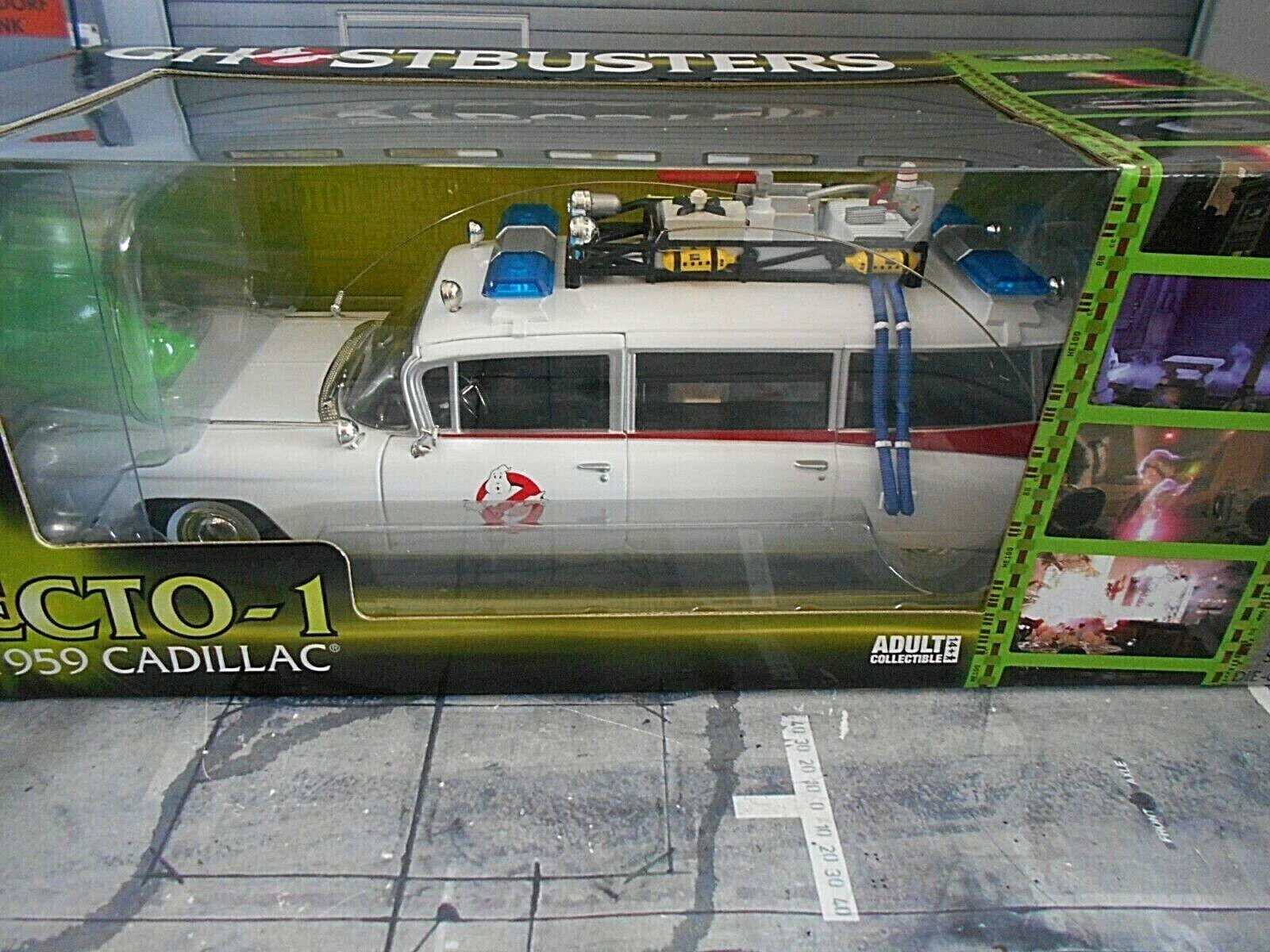 CADILLAC Ambulance Ecto 1  année modèle 1959 film Ghostbusters ertl autoworld 1 18  magasin d'usine