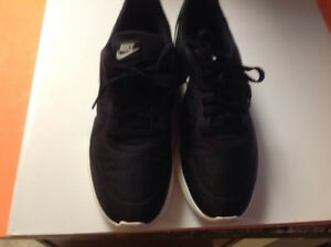 c1c92fb0be0 Nike MD Runner 2 Low 844857-010 Black Sail Anthracite Mens US size ...