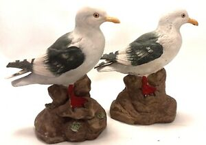 Pair-of-Hand-Painted-Ceramic-Seagulls-Two-6-034-Ocean-Bird-Figurines-Statues