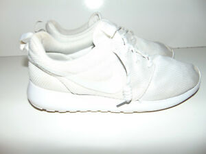 a18888ca28e0 Nike Women s Roshe One Trainers White White 511882 111 100 ...