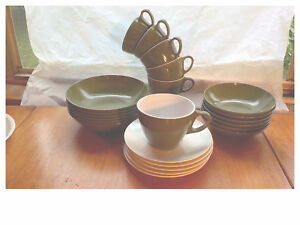 Vintage-Royolon-Melmac-MCM-Coffee-Cups-Cereal-Bowls-Saucers-Set-22-Avocado-Green