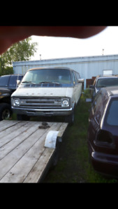 1977 dodge van 400ci and homtorhome