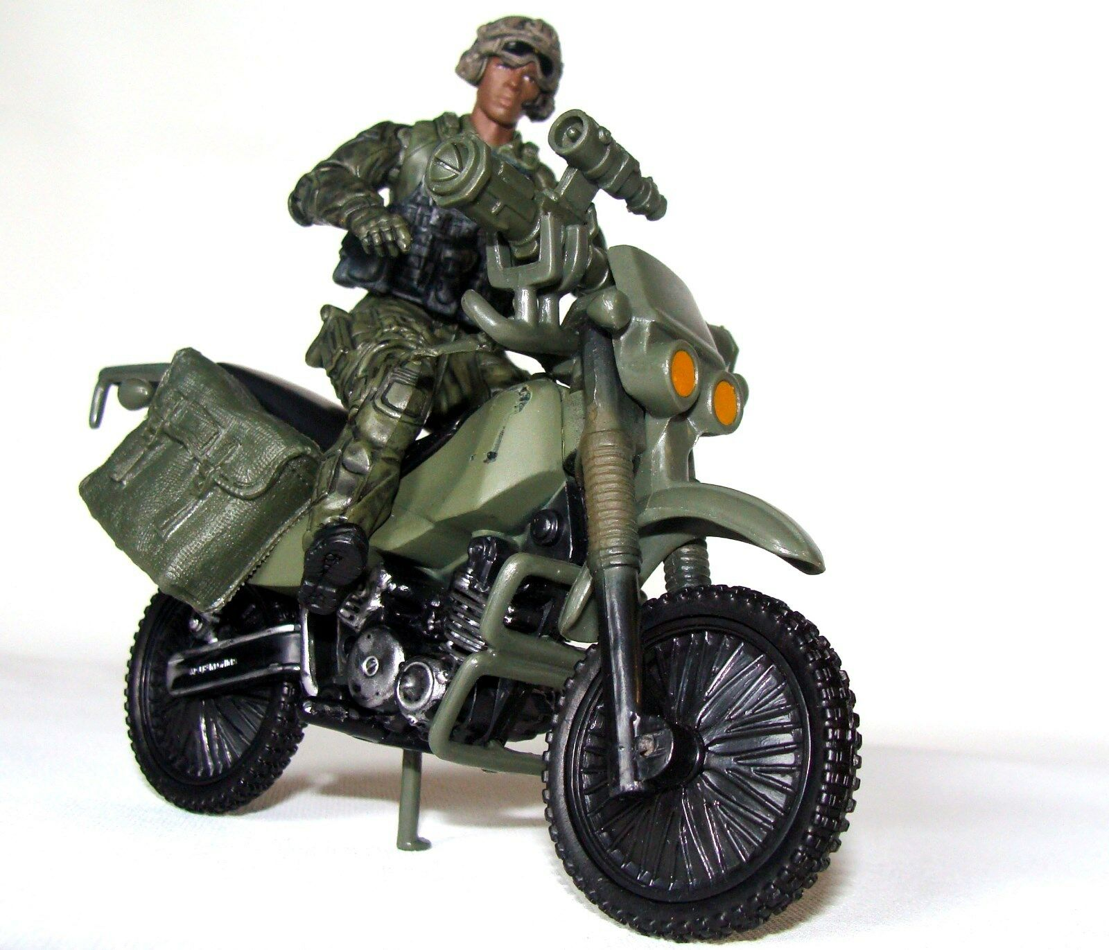 1 18 BBI Elite Force Figure soldier with Off Road Dirt Bike for Special Forces
