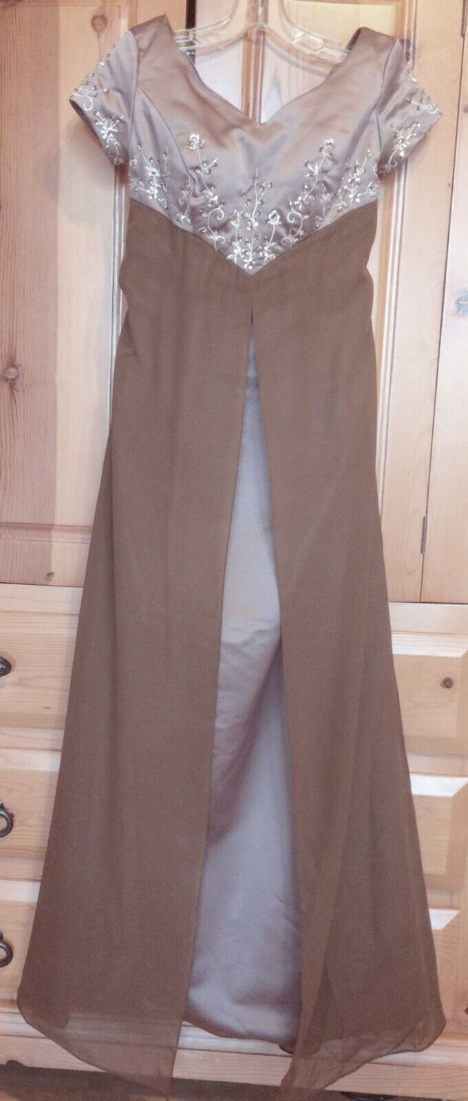Bridesmaid Dress Princess Long Gown Empire Short Sleeves Mocha Brown Junior 0, 2