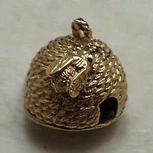 14k gold vintage BEEHIVE WITH HONEYCOMB charm OPENS