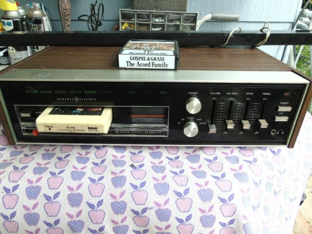 AM/FM. 8 Track Stereo Recorder, GE, Model M8640A, Made in Japan