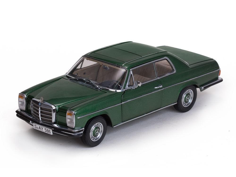 1968 MERCEDES BENZ tiret 8 Coupé W 114 115 Vert vert 1 18 SUN STAR 4586