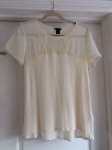 d81ad8737123cb H&M Size M Cream Chiffon Jersey Floral Lace Detail Top   eBay