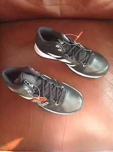 new balance wide basketball sneakers