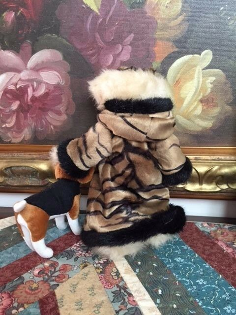 Creature Comforts orso Walre Beagle Dog Fully Jointed 10in. 10in. 10in. Tiger Striped Coat ca025f