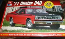 AMT 1971 PLYMOUTH DUSTER 340 1/25 Model Car Mountain KIT FS