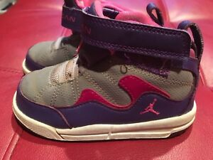 9359d0ba157e50 Girls Kids Nike Air Jordan Basketball Sneakers 7C Retro Flight TR 97 ...